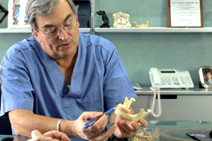 Impianti dentali e recupero immediato della masticazione Torino Brandizzo